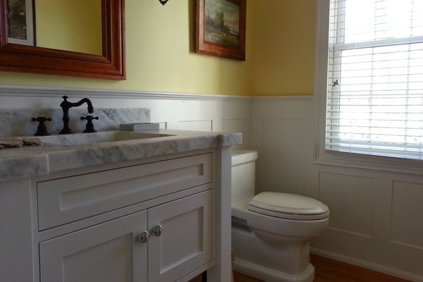 Bathrooms & Vanities
